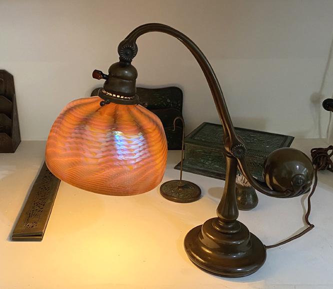 tiffany studios  counter balance lamp 7 in shade